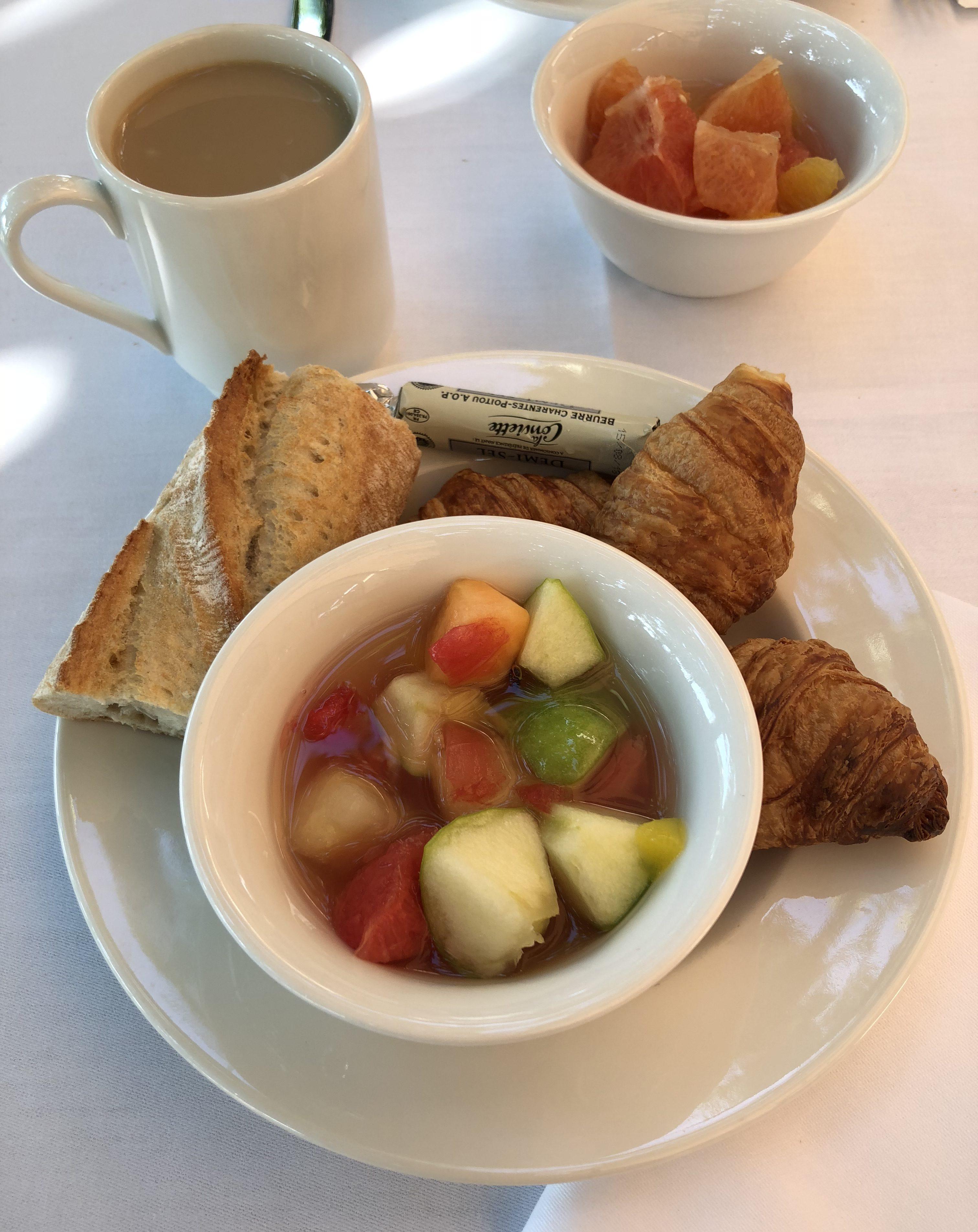 Petit déjeuner hôtel Helios