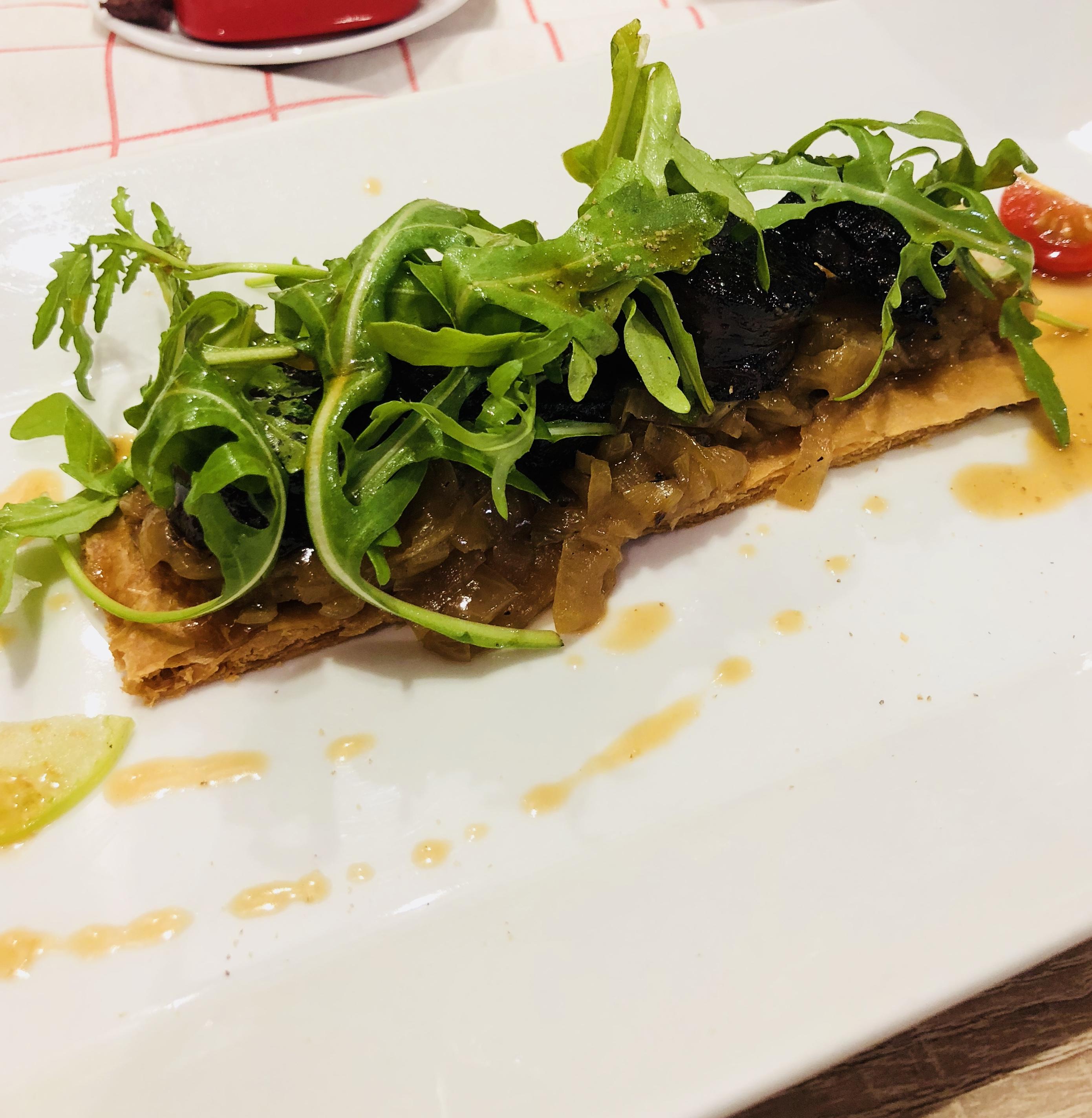 Restaurant Nice Olive et Artichaut Pissaladière